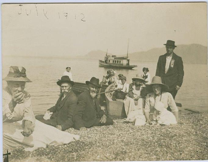 Sarah_McConnell_on_left_with_family_in_San_Juans_-_July_1912